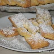 Faworki pieczone w piekarniku