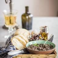 Włoska tapenada z oliwek i anchois