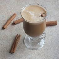 Kawa mleczno-cynamonowa