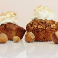 Muffiny z orzechami i jabłkiem