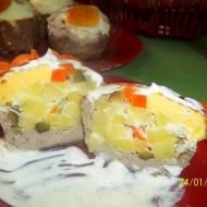 Maminkowe zapiekanki z mięsem lub bez, z warzywami i jajkiem