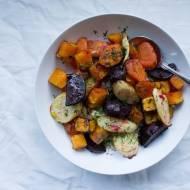 Sałatka z pieczonych warzyw.