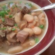 soczewica z fasolą - gęsta  smaczna zupa