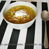 Zupa ogórkowa - błyskawiczna. Łatwa zupa z ogórków kiszonych.