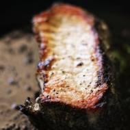 Czy stek po polsku może być ze schabu i smakować jak prawdziwy amerykański stek wołowy?