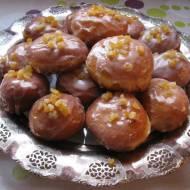 Pączki z glazurą i skórką pomarańczową babci Basi