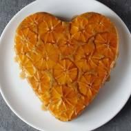 Ciasto kukurydziano-migdałowe z pomarańczami i goździkami