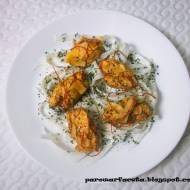 Kurczak na parze na surówce z białej rzodkwi