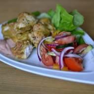 Pierś z kurczaka w cieście curry z ziołami