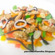 Pierś z indyka na parze z warzywami