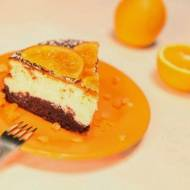 Sernik pomarańczowy z kandyzowaną pomarańczą