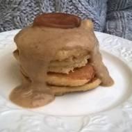 Pancake z mąki owsianej z sosem daktylowym (Pancake alla farina di avena)