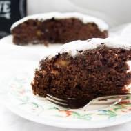 Podwójnie czekoladowe ciasto z bananami i jabłkami.