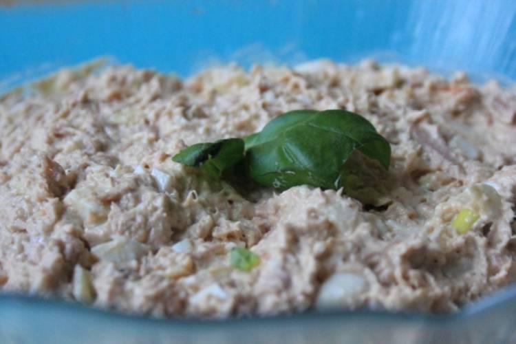 Sałatka – pasta z tuńczyka