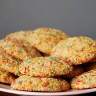 Kolorowe, kruche ciasteczka