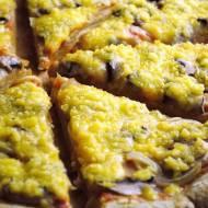 Domowa pizza na żytnim spodzie (również w wersji wegańskiej)
