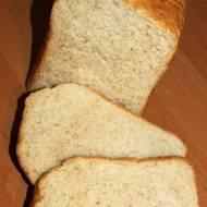 Chleb pszenny tostowy z dodatkiem mąki żytniej razowej z automatu