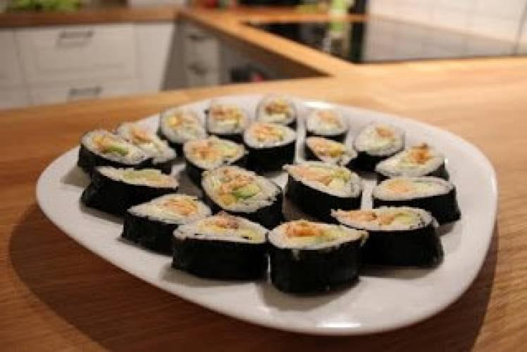Przepis na Sushi jak zrobić? Przepis krok po kroku dla początkujących  Trad   -> Kuchnia Dla Dziecka Krok Po Kroku