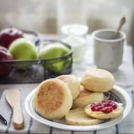 Muffiny angielskie – bułeczki z patelni
