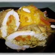 Złote kieszonki z kurczaka nadziewane morelami i brązowym ryżem