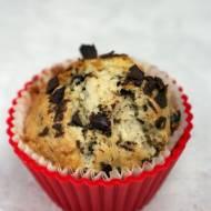 Muffinki z bananami i gorzką czekoladą - dobrze nadziane
