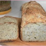 Chleb superfood na zakwasie i miodzie