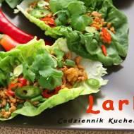 Larb (laab, lap, laap, larp). Sałatka z mieloną wieprzowiną.