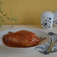 Tradycyjne gołąbki w sosie pomidorowym