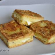 Grzanki z serem mozzarella