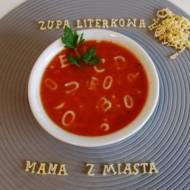 Pomidorowa zupa literkowa