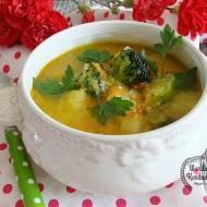 Wiosenna zupa z warzywami i kaszą jaglaną