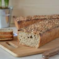 Chleb żytni jasny na zakwasie z ziarnami