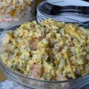 Sałatka z serem, szynką i ogórkiem kiszonym