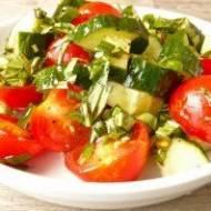Łączenie ogórka z pomidorem – czy to zły pomysł?