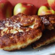 Przepis na rachuchy z jabłkami