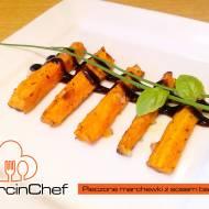 Pieczone marchewki z sosem balsamicznym
