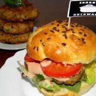 Kurczakburger - domowy fast food.