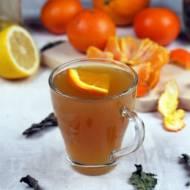 Rozgrzewająca cytrusowa herbata z miodem i miętą