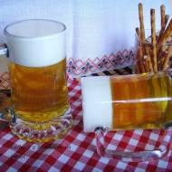 Zimne piwo? Galaretka? Prima Aprilis :) Galaretka udająca piwo.