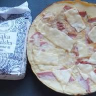 Omlet z szynką i serem na mące reszelskiej i  oleju kokosowym
