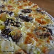 KRUPNIOK RAJZUJE. Czyńść 3.: Krupniociosa (Podróże z kaszanką: Pizza z kaszanką)
