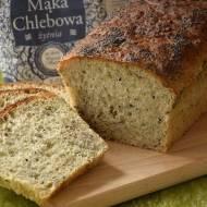 Chleb z ziarnami i nasionami chia