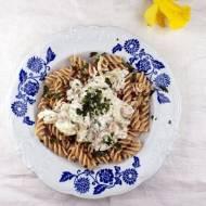 Kremowy sos z mascarpone z pieczonym schabem i makaronem orkiszowym