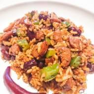 Ryż po kreolsku z kiełbasą andouille