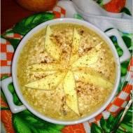 Cynamonowa pieczona owsianka twarogowa z jabłkiem i żurawiną