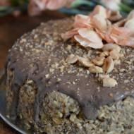 ciasto pietruszkowe z polewą karobową