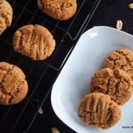 Bardzo łatwe bezglutenowe ciasteczka z masła orzechowego