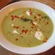 Zupa krem z brokułów z jogurtem naturalnym