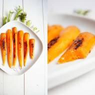Młode marchewki w imbirze.