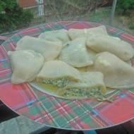 pierogi ze szpinakiem i serem fetta